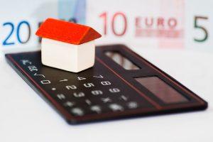 Taschenrechner zur Berechnung der Spekulationssteuer beim Hausverkauf